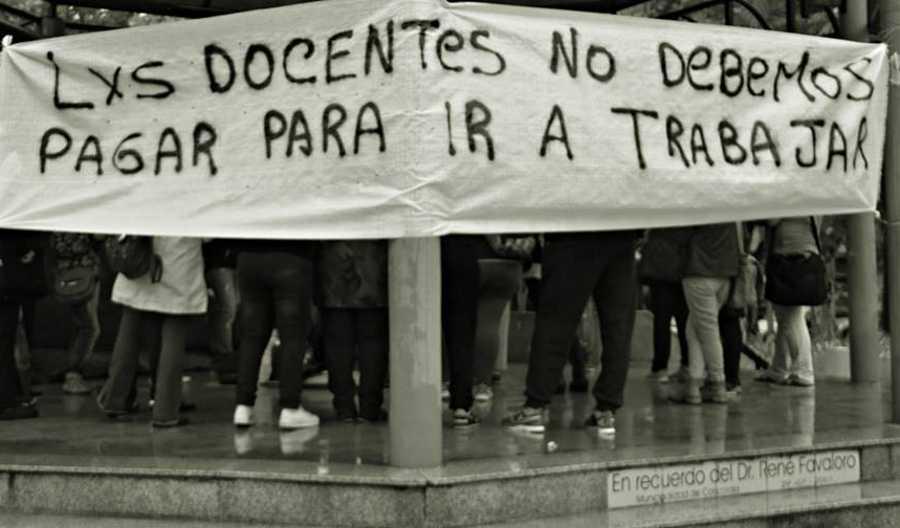 Docentes protestan