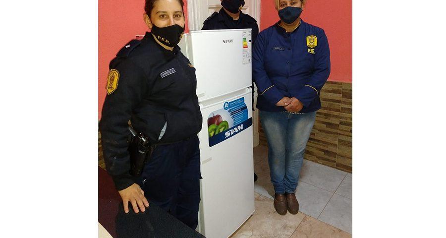16 smukler policia