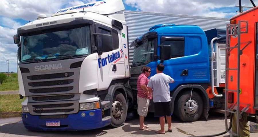 Choque de camiones