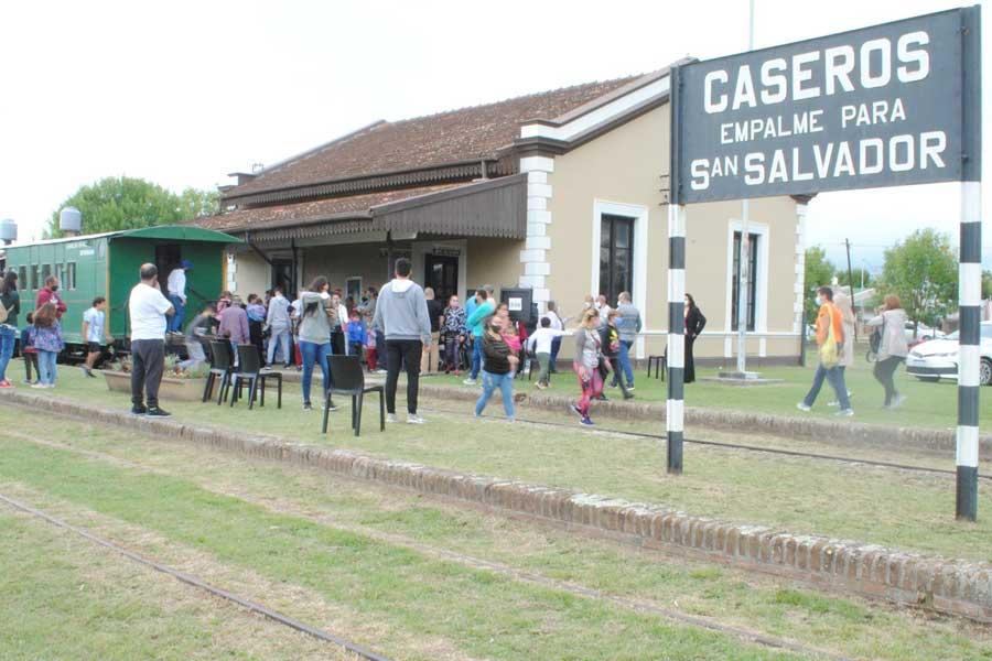 Tren-Caseros-1